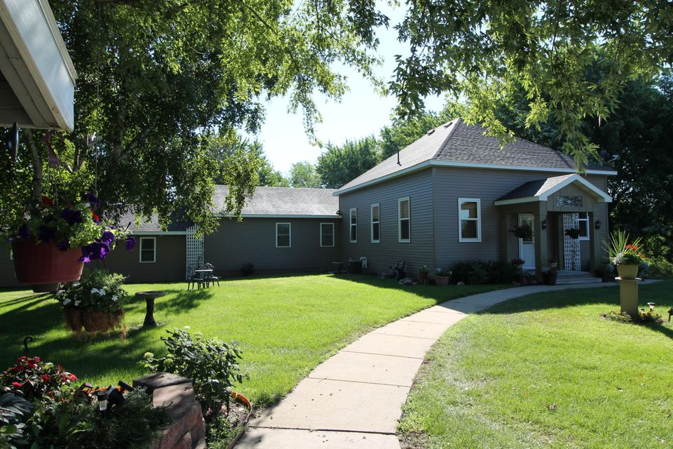 18801 Hwy 71,New London,3 Bedrooms Bedrooms,4 BathroomsBathrooms,Single Family,Hwy 71,6028131