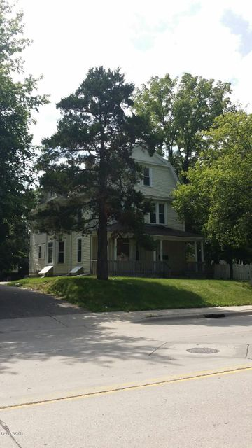 312 Litchfield Ave,Willmar,12 Bedrooms Bedrooms,5 BathroomsBathrooms,MultiFamily,Litchfield Ave,6028156