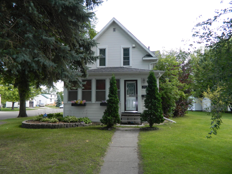 214 N 11th Street,Benson,3 Bedrooms Bedrooms,2 BathroomsBathrooms,Single Family,N 11th Street,6028282