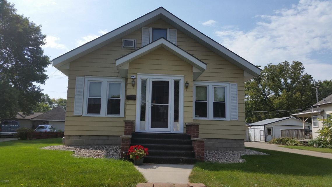 236 E Schlieman Avenue,Appleton,3 Bedrooms Bedrooms,2 BathroomsBathrooms,Single Family,E Schlieman Avenue,6028426