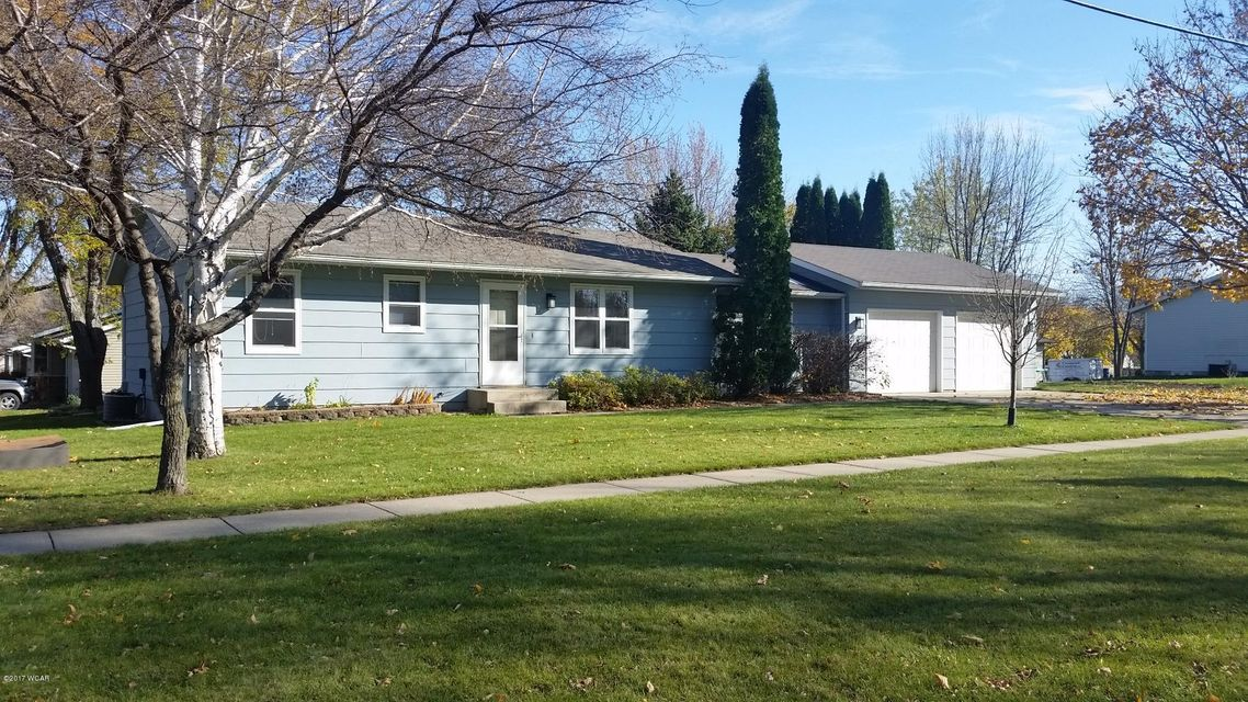 921 9 Street,Willmar,3 Bedrooms Bedrooms,1 BathroomBathrooms,Single Family,9 Street,6028623