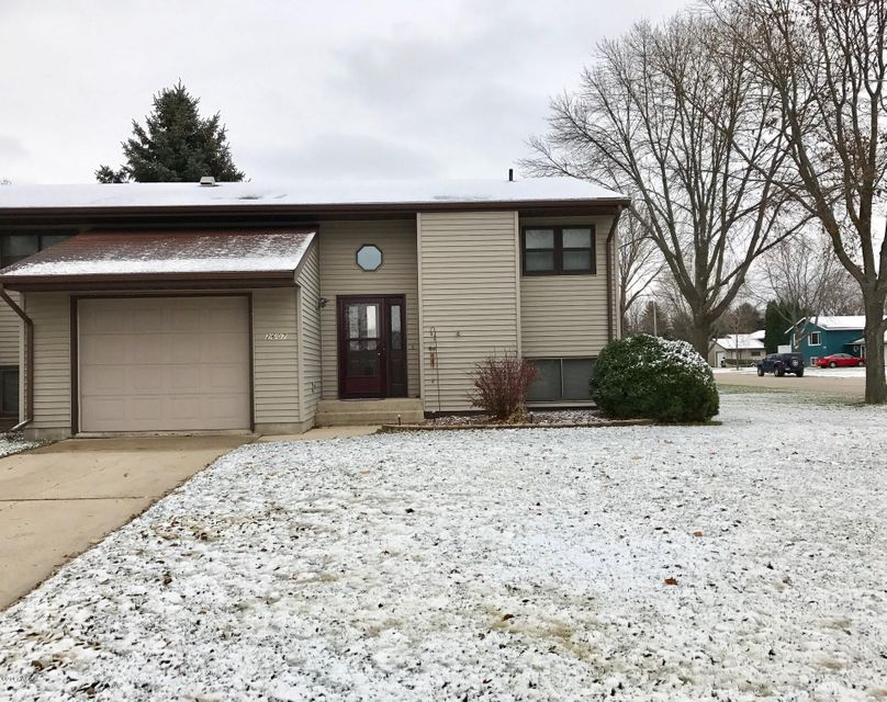 2607 8 Street,Willmar,3 Bedrooms Bedrooms,2 BathroomsBathrooms,Single Family,8 Street,6028896