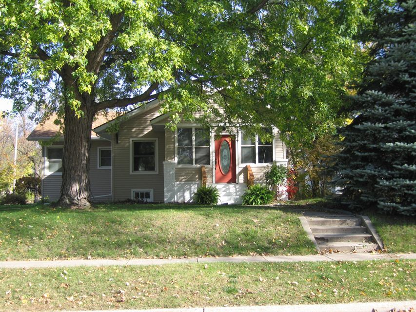 903 5th Street,Willmar,3 Bedrooms Bedrooms,1 BathroomBathrooms,Single Family,5th Street,6028987