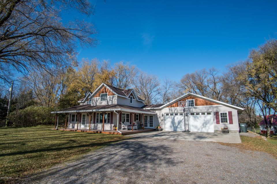 15970 NE Co Rd 9,New London,4 Bedrooms Bedrooms,3 BathroomsBathrooms,Single Family,NE Co Rd 9,6029016