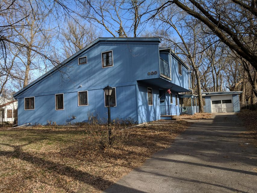 600 Russell Street,Willmar,3 Bedrooms Bedrooms,2 BathroomsBathrooms,Single Family,Russell Street,6029065
