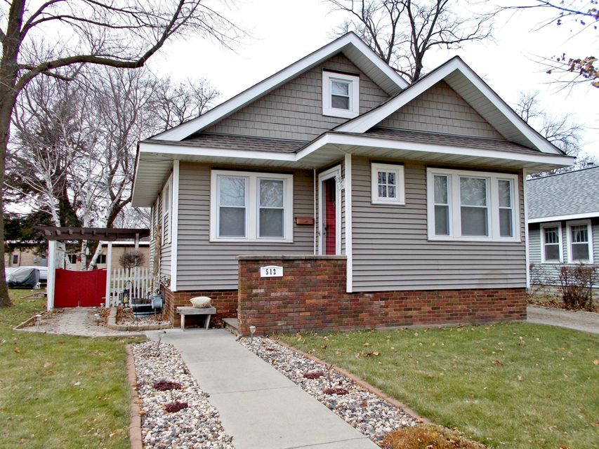 512 11th Street,Willmar,2 Bedrooms Bedrooms,2 BathroomsBathrooms,Single Family,11th Street,6029150