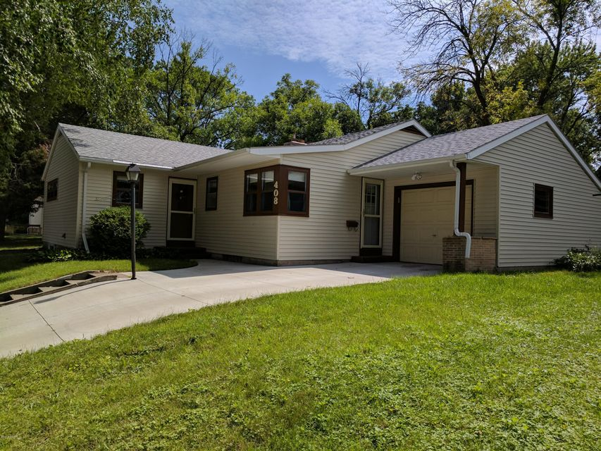 408 Mary Avenue,Willmar,3 Bedrooms Bedrooms,2 BathroomsBathrooms,Single Family,Mary Avenue,6029179