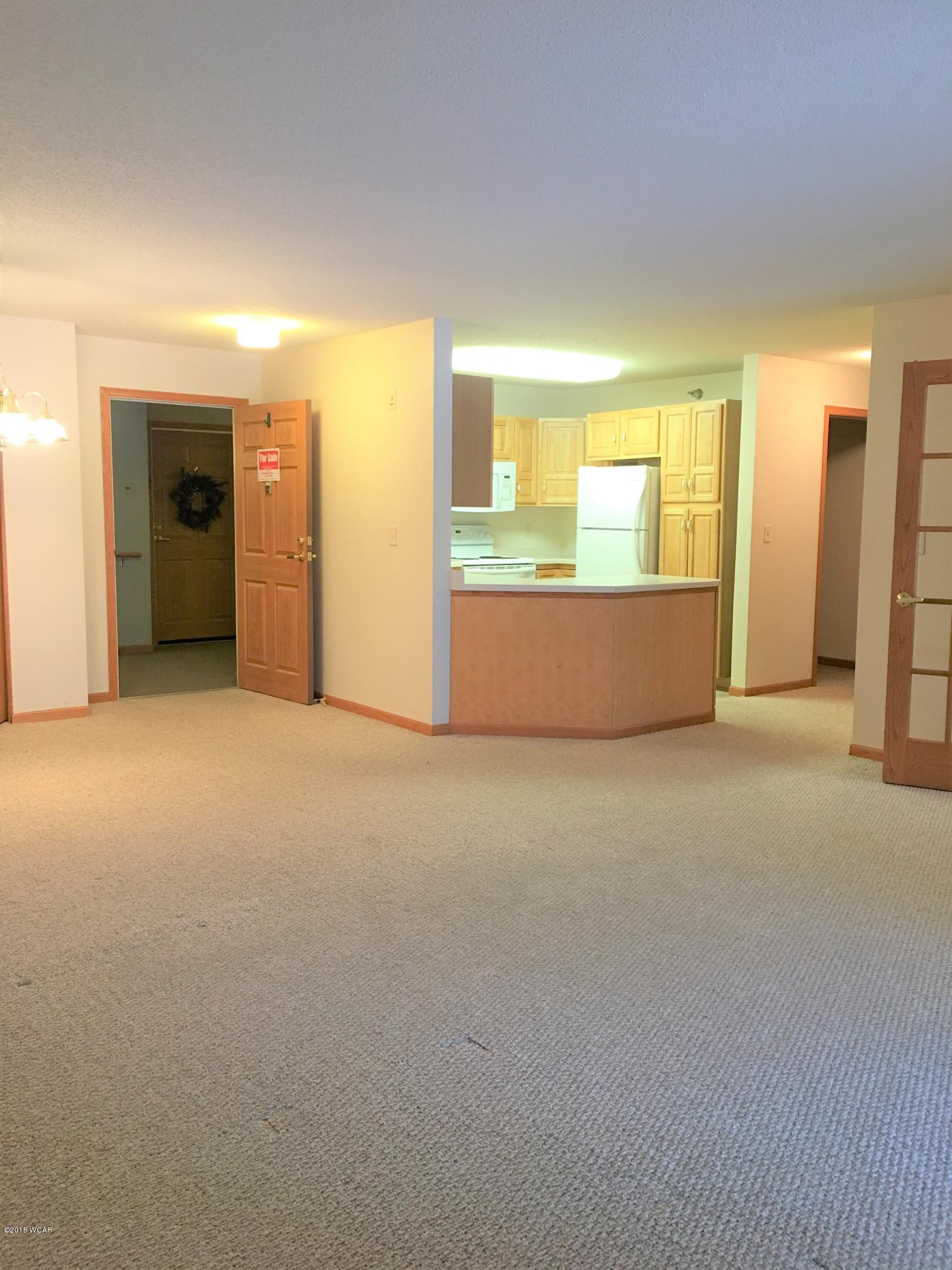 1400 Willmar Avenue,Willmar,1 Bedroom Bedrooms,1 BathroomBathrooms,Single Family,Willmar Avenue,6029271