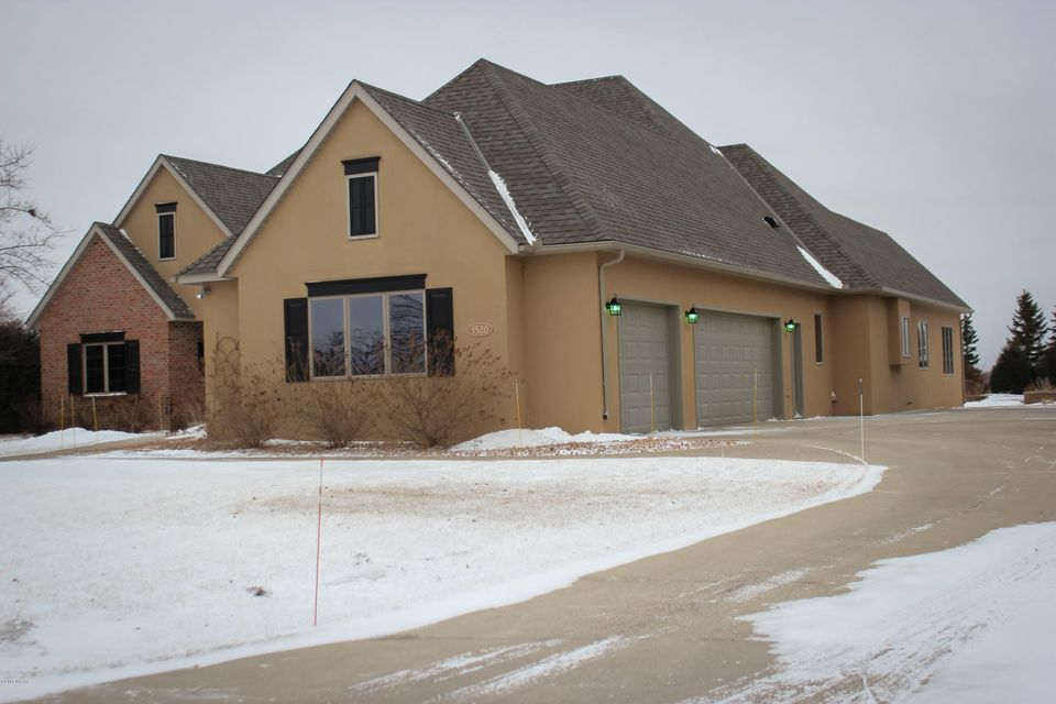 3520 Eagle Ridge Drive,Willmar,5 Bedrooms Bedrooms,5 BathroomsBathrooms,Single Family,Eagle Ridge Drive,6029622