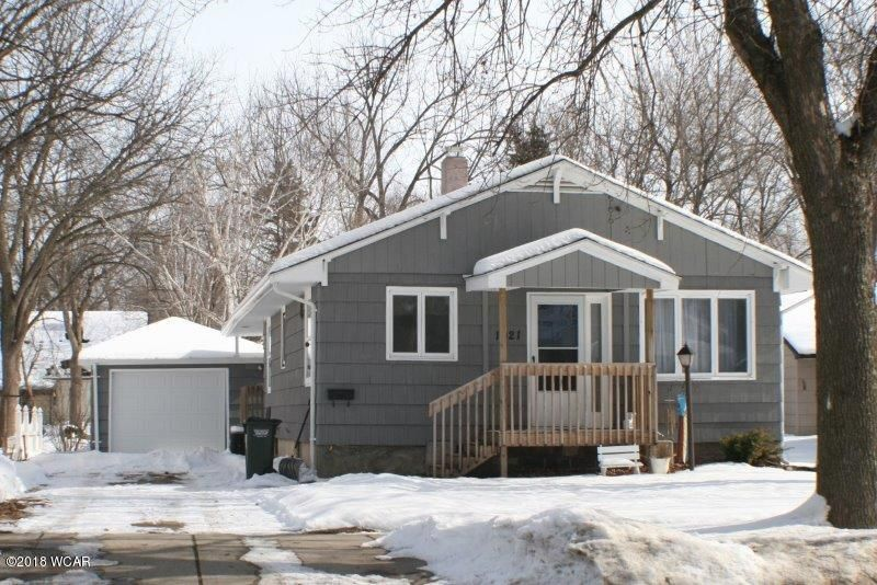 1021 5th Street,Willmar,2 Bedrooms Bedrooms,2 BathroomsBathrooms,Single Family,5th Street,6029695