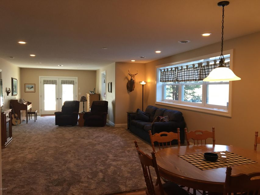 8315 Decathelon Drive,Spicer,6 Bedrooms Bedrooms,5 BathroomsBathrooms,Single Family,Decathelon Drive,6029468