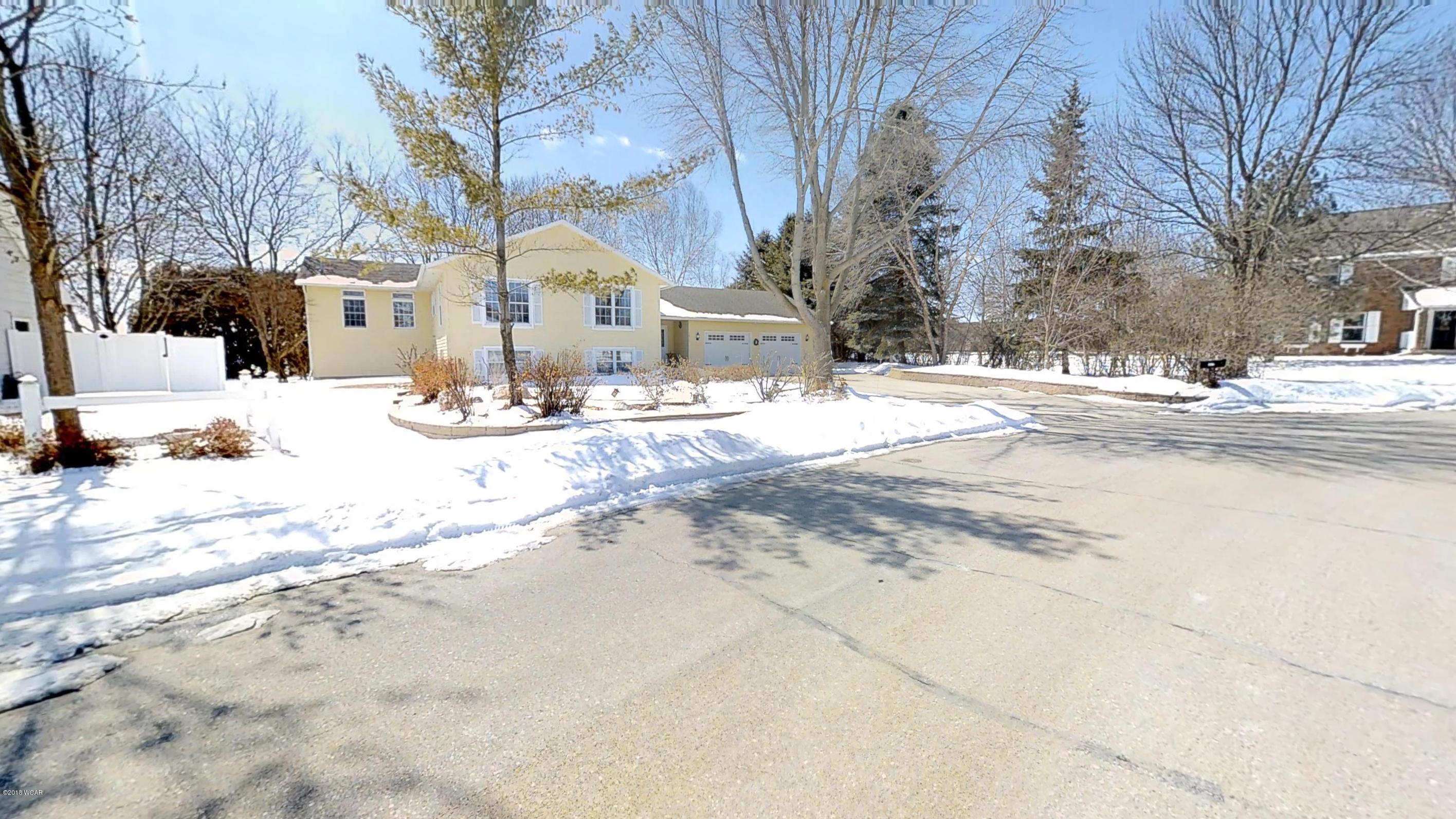 1617 Hansen Drive,Willmar,4 Bedrooms Bedrooms,3 BathroomsBathrooms,Single Family,Hansen Drive,6030136