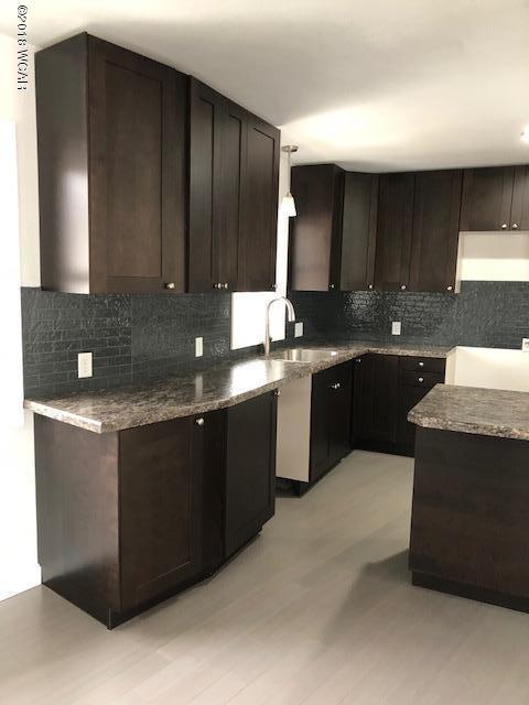 1609 6th Street,Willmar,3 Bedrooms Bedrooms,3 BathroomsBathrooms,Single Family,6th Street,6030207