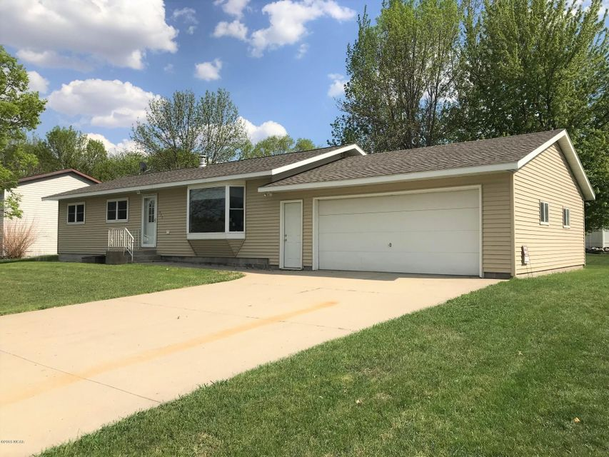 933 Mcdermott Avenue,Kandiyohi,3 Bedrooms Bedrooms,1 BathroomBathrooms,Single Family,Mcdermott Avenue,6030654