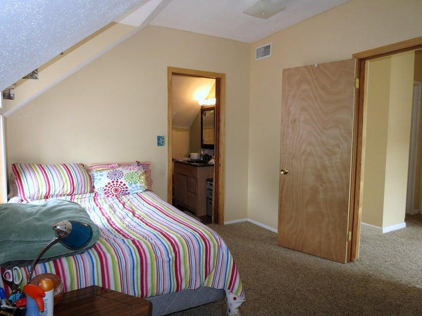 208 S 10th Street,Olivia,3 Bedrooms Bedrooms,2 BathroomsBathrooms,Single Family,S 10th Street,6030665