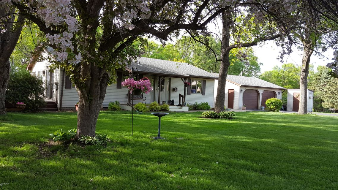 710 Kings Drive,Willmar,4 Bedrooms Bedrooms,2 BathroomsBathrooms,Single Family,Kings Drive,6030672