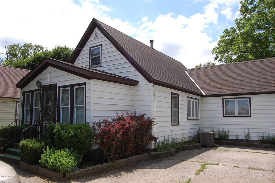 919 Benson Road,Montevideo,1 Bedroom Bedrooms,1 BathroomBathrooms,Single Family,Benson Road,6030770