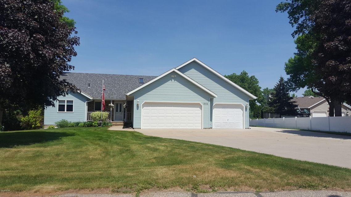 2104 Gorton Avenue,Willmar,4 Bedrooms Bedrooms,3 BathroomsBathrooms,Single Family,Gorton Avenue,6030126