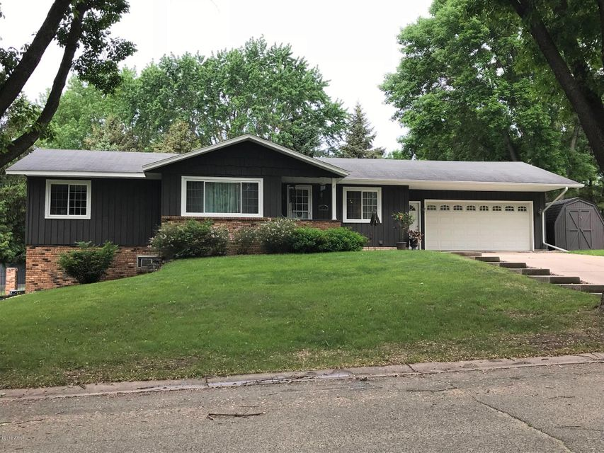 1212 11 Street,Willmar,4 Bedrooms Bedrooms,3 BathroomsBathrooms,Single Family,11 Street,6030850