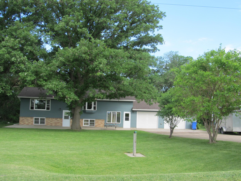 10 Elm Street,Granite Falls,3 Bedrooms Bedrooms,2 BathroomsBathrooms,Single Family,Elm Street,6030943