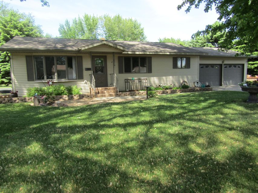 235 E Dahlstrom Avenue,Appleton,3 Bedrooms Bedrooms,2 BathroomsBathrooms,Single Family,E Dahlstrom Avenue,6030926
