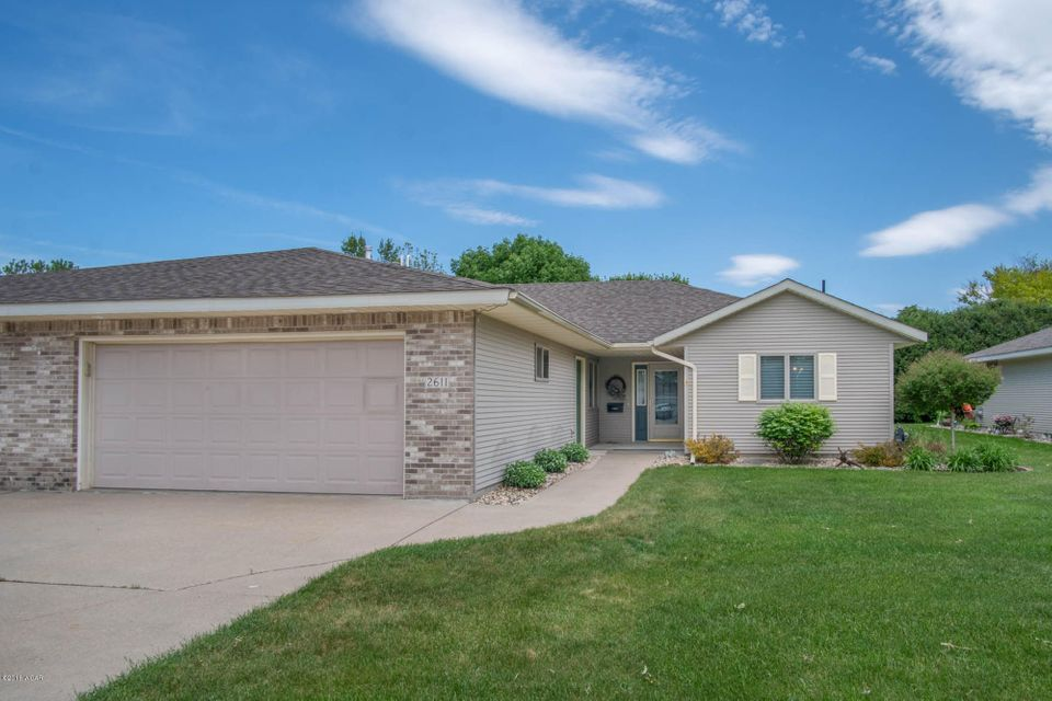 2611 9th Street,Willmar,2 Bedrooms Bedrooms,2 BathroomsBathrooms,Single Family,9th Street,6030927