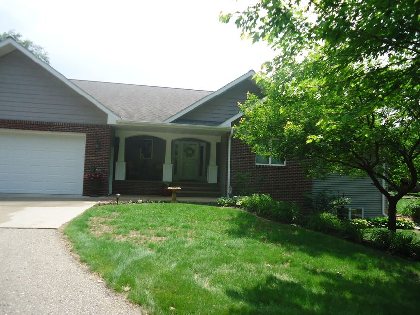 1239 16th Street,Willmar,5 Bedrooms Bedrooms,4 BathroomsBathrooms,Single Family,16th Street,6031100