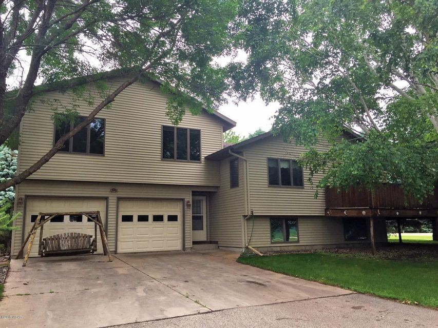 750 County Rd 9,Willmar,3 Bedrooms Bedrooms,2 BathroomsBathrooms,Single Family,County Rd 9,6031147