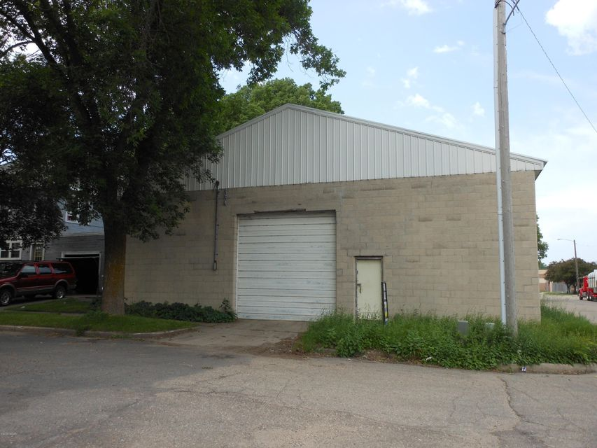 204 8th Street,Willmar,Commercial,8th Street,6031162