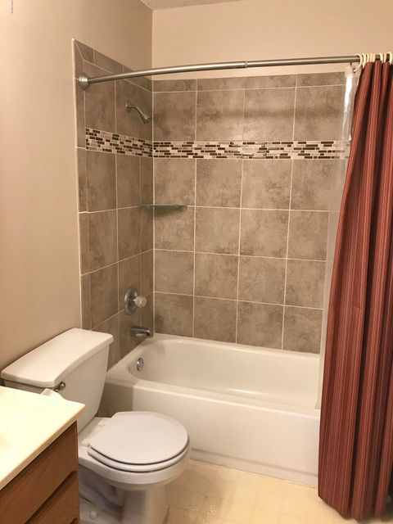 654 S Andrew Drive,New London,5 Bedrooms Bedrooms,3 BathroomsBathrooms,Single Family,S Andrew Drive,6031219