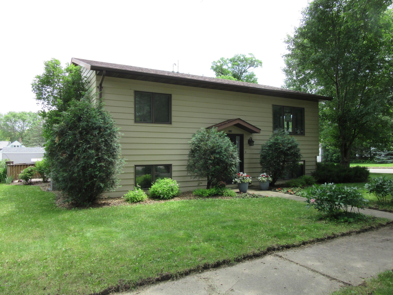 510 1st Street,Clara City,2 Bedrooms Bedrooms,2 BathroomsBathrooms,Single Family,1st Street,6031212