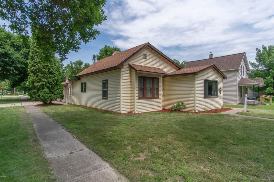 1120 Campbell Avenue,Willmar,2 Bedrooms Bedrooms,1 BathroomBathrooms,Single Family,Campbell Avenue,6031026