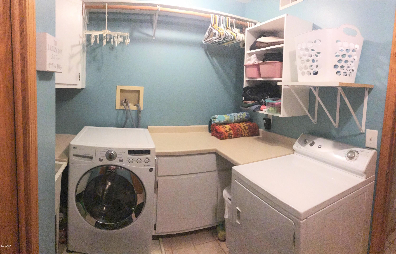 8925 71 Street,Spicer,7 Bedrooms Bedrooms,4 BathroomsBathrooms,Single Family,71 Street,6031276