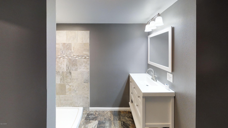 1109 N 17th Street,Montevideo,4 Bedrooms Bedrooms,2 BathroomsBathrooms,Single Family,N 17th Street,6031320