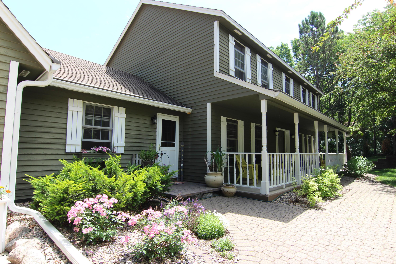 3333 8th Street,Willmar,3 Bedrooms Bedrooms,4 BathroomsBathrooms,Single Family,8th Street,6031338