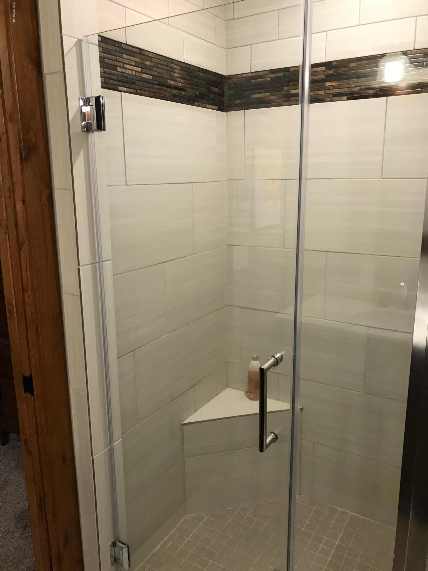 19345 Andrew Road,New London,5 Bedrooms Bedrooms,4 BathroomsBathrooms,Single Family,Andrew Road,6031342