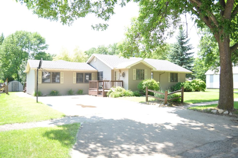 331 NE 4th Street,Clara City,2 Bedrooms Bedrooms,2 BathroomsBathrooms,Single Family,NE 4th Street,6031440