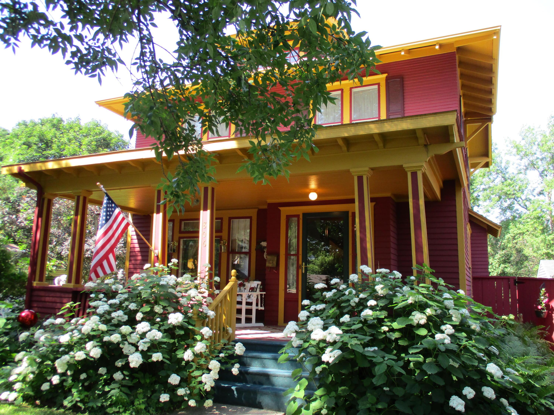 806 5th Street,Willmar,3 Bedrooms Bedrooms,1 BathroomBathrooms,Single Family,5th Street,6031448