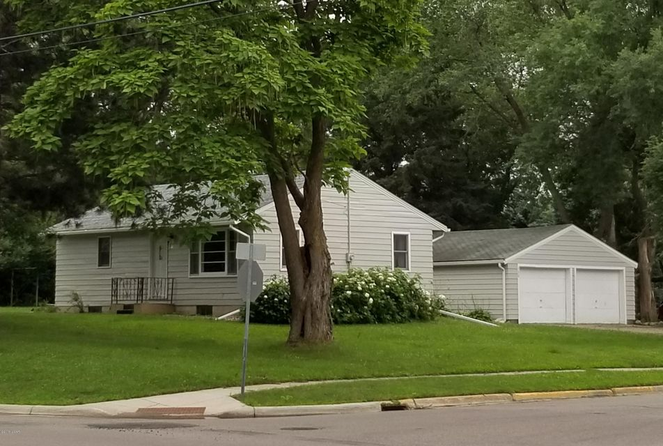 500 SE Lakeland Drive,Willmar,2 Bedrooms Bedrooms,2 BathroomsBathrooms,Single Family,SE Lakeland Drive,6031500