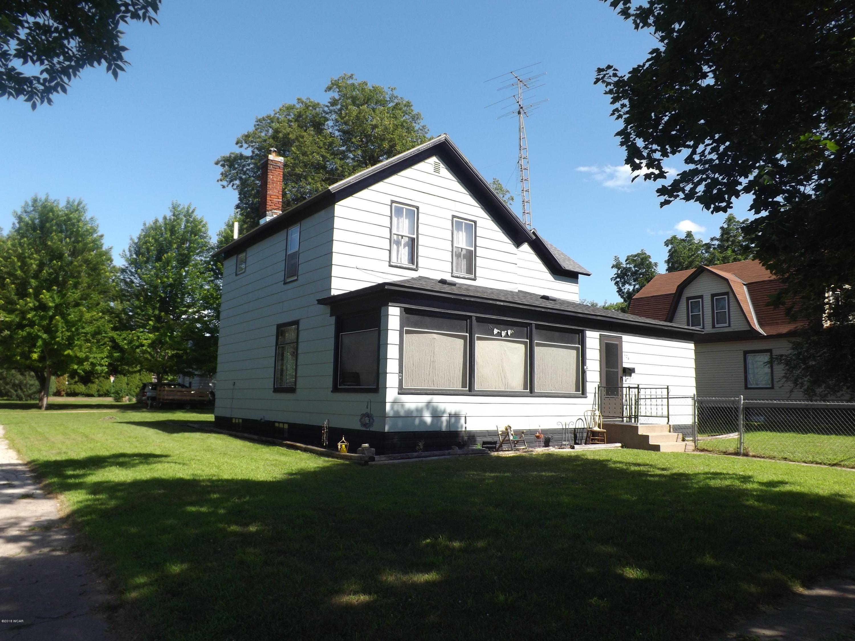 124 S Miles Street,Appleton,3 Bedrooms Bedrooms,2 BathroomsBathrooms,Single Family,S Miles Street,6031577