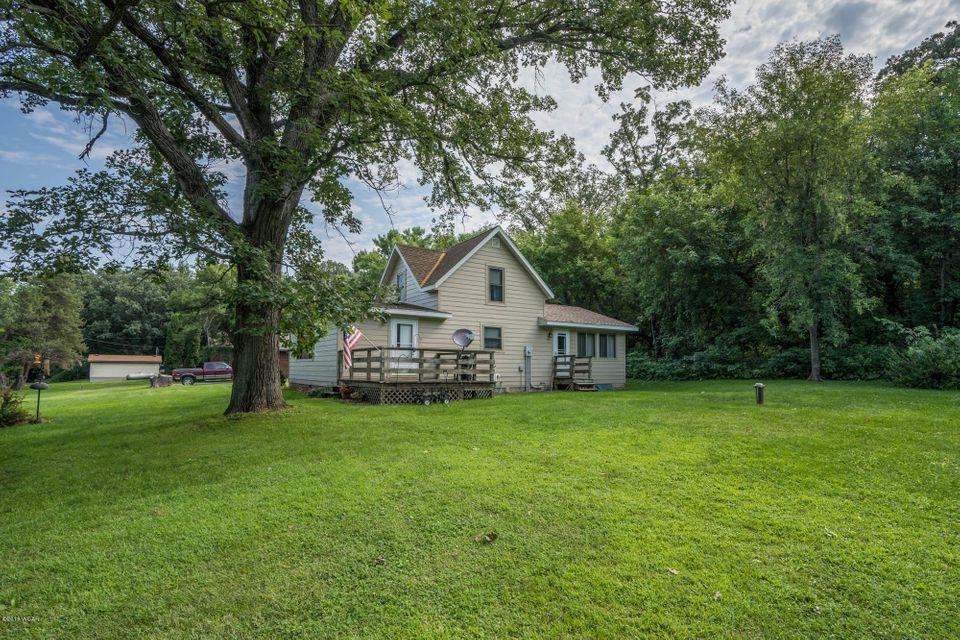 16463 68th Street,New London,3 Bedrooms Bedrooms,1 BathroomBathrooms,Single Family,68th Street,6031835
