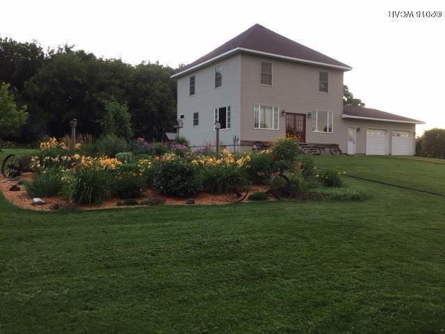 1760 10th Street,Sunburg,4 Bedrooms Bedrooms,2 BathroomsBathrooms,Single Family,10th Street,6031888