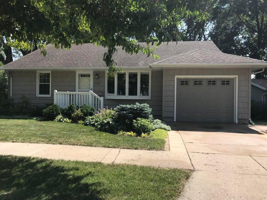508 Becker Avenue,Willmar,3 Bedrooms Bedrooms,2 BathroomsBathrooms,Single Family,Becker Avenue,6031912