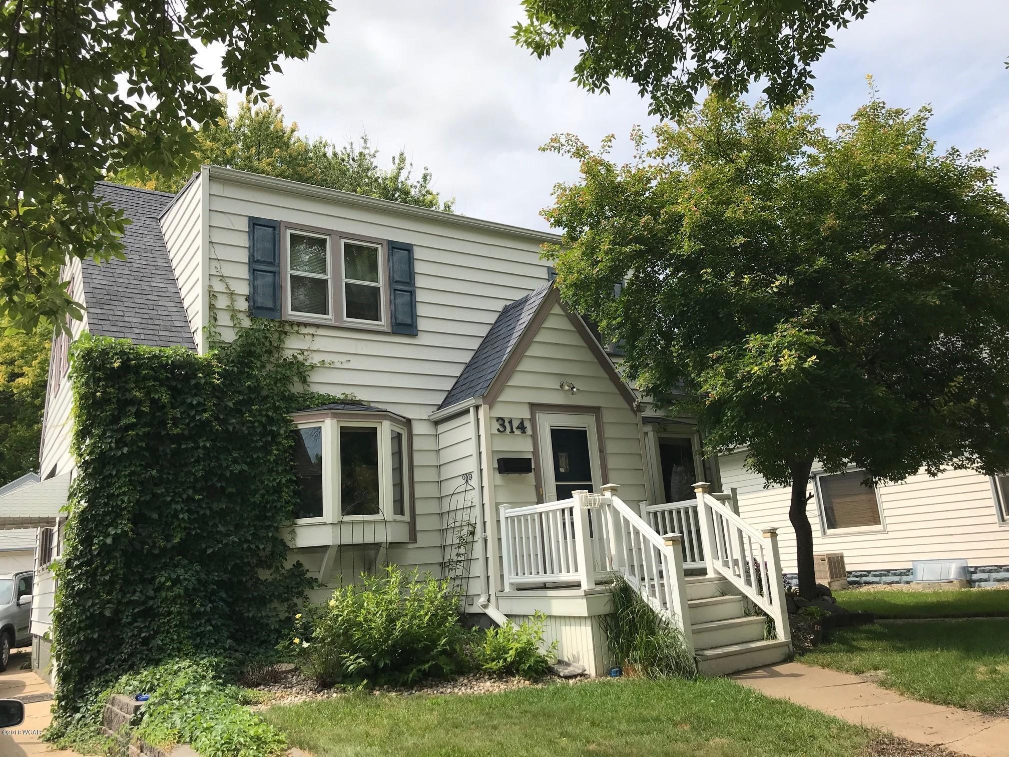 314 Bernard Street,Willmar,4 Bedrooms Bedrooms,2 BathroomsBathrooms,Single Family,Bernard Street,6031925