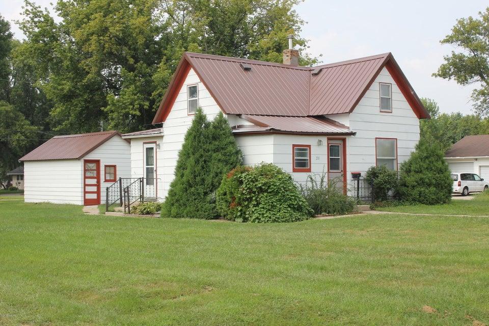 211 19th Street,Benson,2 Bedrooms Bedrooms,1 BathroomBathrooms,Single Family,19th Street,6031981