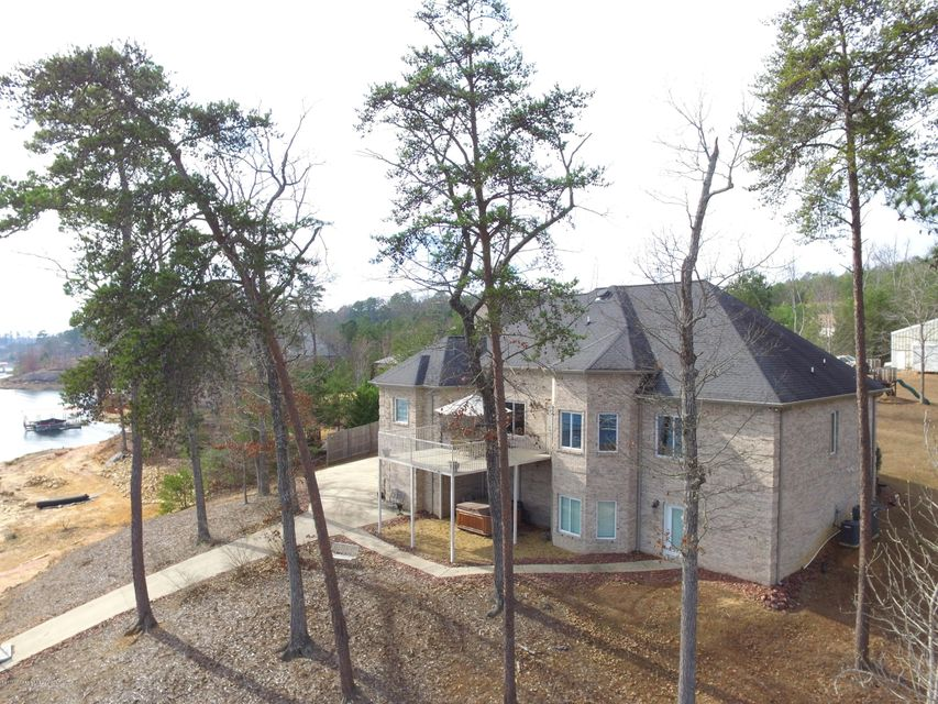 117 MCCOY POINTE Dr, Arley, AL 35541