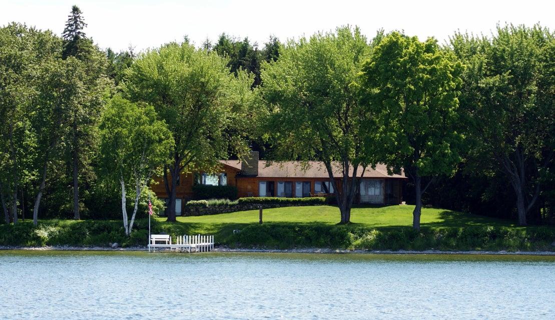 10428 Hamilton Road, Burt Lake, MI 49717