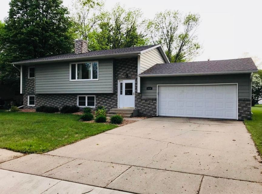 Well kept home located in the MelRos subdivision. Two-tiered deck overlooking the large backyard. Updates include siding, brick, windows, doors, insulated garage, roof, soffits, fascia, blown-in insulation, water heater, kitchen counters, sink, bathroom update etc. This home is a must see!