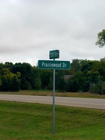 12915 Prairiewood Drive, Aberdeen, SD 57401