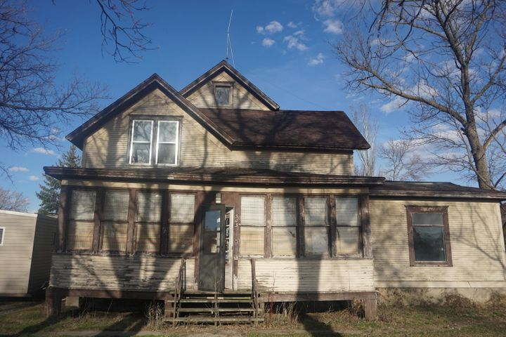 303 2nd Street, Frederick, SD 57441